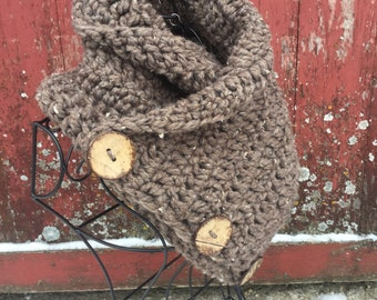 Ready to Ship, Dakota Prairie Cowl Women's Fashion Scarf Chunky Shawl,  Warm Button Cowl, Coconut Button Scarf, Stylish Soft Winter Wear