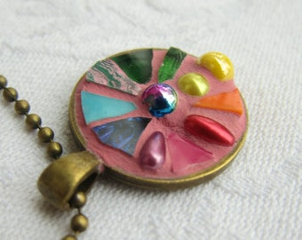 Rainbow coloured Mosaic Pendant/Medaillon