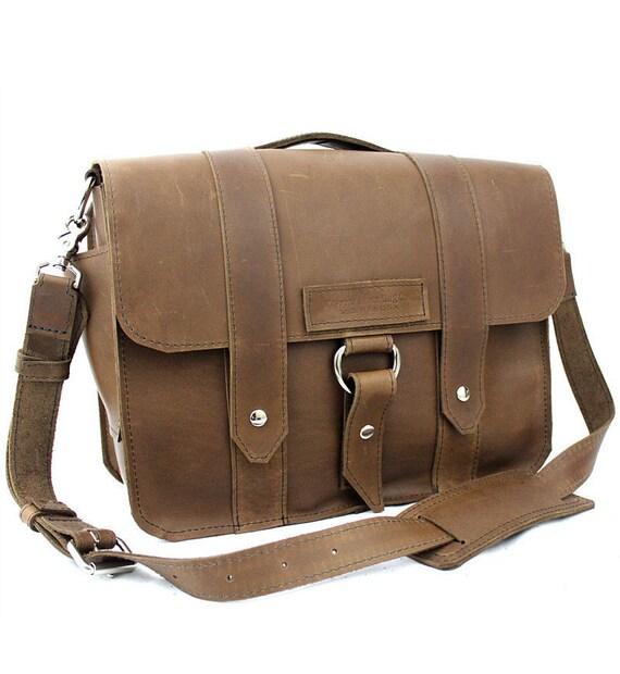 "14"" Brown Newtown Journeyman Laptop Bag - 14-J-BR-LAP"