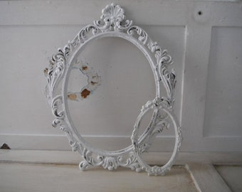 oval open frames french country aged painted frames vintage frames cottage chic decor shabby decor ornate frames gallery frames rustic aged