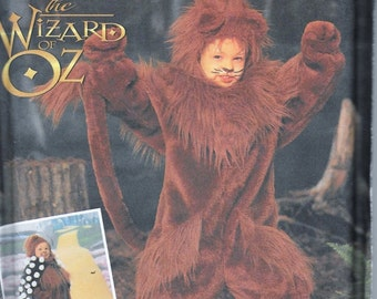 Simplicity 7825 Wizard of Oz Cowardly Lion Costume Sewing Pattern Children Size 3,4, 5, 6, 7 and 8