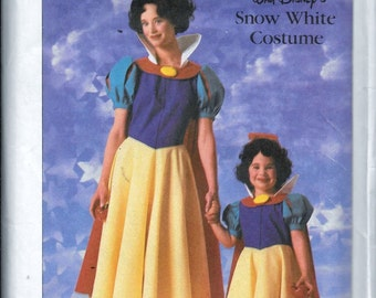 Vintage Simplicity 7735 Disney Snow White Costume Sewing Pattern Girls Size 2 and 4 UNCUT
