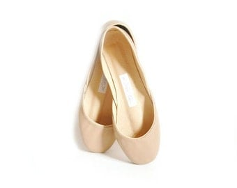 The Classic Ballet Flats in Dark Nude | Low Heel Ballerina Style Shoes | Latte