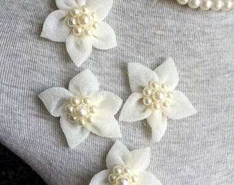 Vintage Applique - 4 pcs Ivory Organza Flower Applique Trim (A344)