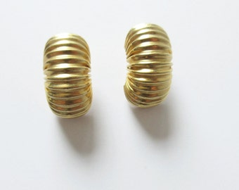 Gay Boyer Gold Tone Ridged Earrings Vintage Gay Boyer Earrings