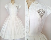Reserved do not buy Vintage 1950s Dress / Charles Warner / White / Floral Embroidery / Beaded Crest / Small