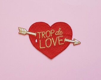 Iron on patch Trop de Love blue red and gold