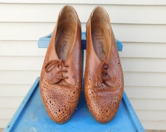 Vintage Leather Perforated Flats, Leather Cut Out Shoes Made In Brazil, Size 7, Euro 37, UK 5