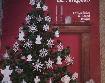 Crocheted Snowflakes & Angels, Leisure Arts, Pattern, Book, 12 Snowflakes and 4 Angel Designs, Wilma Stash, Christmas, Ornaments