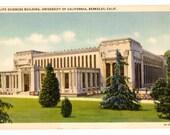 UNIVERSITY OF CALIFORNIA, Life Sciences Building, Berkeley California Vintage Unused Postcard