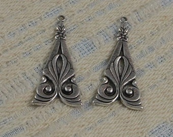 Antiqued Sterling Silver Plated Brass Filigree Drop Pendant 33x16mm S-8177S