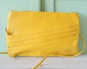 1980s Vintage YELLOW LEATHER Purse...sunshine. retro. purse. twiggy. yellow purse. spring. summer. women. folk. mod. bright. urban. hipster