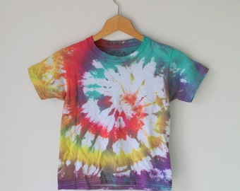 1980s TIE DYE Crop Tee.....unisex. colorful. 80s 90s clothing. rad. killer shirt. crop. psychedelic. kids. cotton tee. boho. hippie. retro