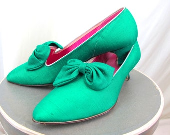 1960s Emerald Green and Pink Silk Shantung Shoes