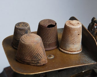 Set of 4 antique brass thimble, dark patina