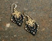 Black and gold earrings/ elegant dangle earrings/ egyptian earrings/ leaf shape