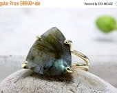 BLACK FRIDAY SALE - gold Labradorite ring,trillion ring,bridal ring,event ring,gold filled ring,gemstone ring,energy ring