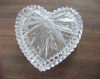 vintage glass HEART TRINKET BOX, jewellery box