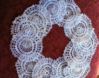 12 Vintage Hand Crochet Entertaining Holiday Doilies Coaster Rounds Ivory Set