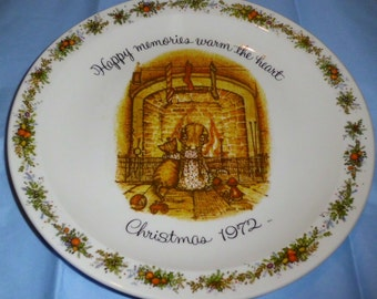 "1972 Holly Hobbie ""Happy Memories Warm The Heart"" Christmas Plate"