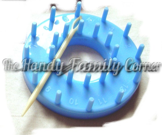 Flower Loom: Round Loom Tool - Shapes for making circular flowers and details. For knitting / crochet / patchwork projects