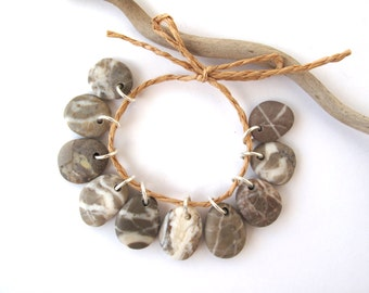 Stone Beads Mediterranean Beach Stone Jewelry Making Supplies Beach Pebble River Rock Diy Jewelry Charms STRIPED BEIGE MIX 17-19 mm