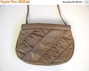 Half Off vtg 80s RUCHED Taupe Leather ENVELOPE PURSE shoulder bag handbag boho bag slouchy
