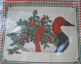 "Cool Vintage Counted Cross Stitch Kit Red Headed Duck Gloria & Pat #59-2 Janlynn 1984 Made USA 12"" x 9"" Christmas theme holly berries"