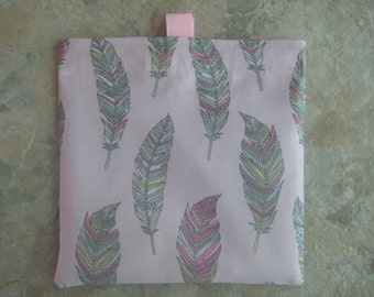 Feathers on Pink Reusable Sandwich Bag, Reusable Snack Bag, Washable Treat Bag with tabs, Purse Organizer, Coin Purse, Makeup Bag