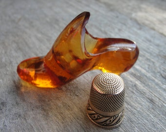 Antique Pair Amber glass shoe thimble holder late 1800s sewing notion w/thimble