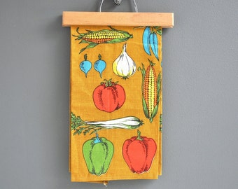 Vintage Unused Vegetables Linen Tea Towel