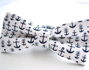 Bowtie- White with Navy Blue Anchors