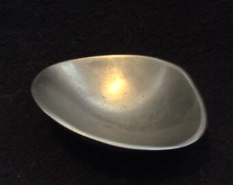 Vintage Nambe 579, Biomorphic Bowl.  Modernist,   Mid Century Modern, Eames Panton era. Danish Modern, 1960's.