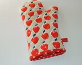Oven Mitt with Red Apples Design - Gift for Foodie - Gift Under 20