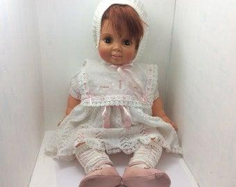 1972 Ideal toys, Large auburn hair doll, Dark open eyes, toddler