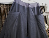 Designers Unique Casual Pants in Steel Gray with Roomy Front Pockets and Elasticized Waist, Large