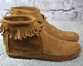 vintage Minnetonka womens fringed zipper ankle boots moccasins size 5