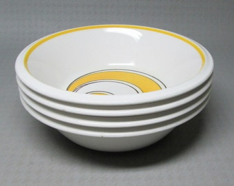 Mikasa Sundance 4 soup / cereal bowls pattern 05350 light and lively  yellow op art