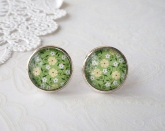 Round Glass Green Floral Stud Earrings
