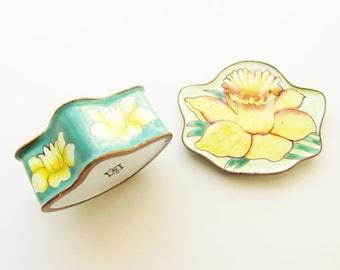 Vintage Daffodil Flower Green Enameled Trinket Ring Box signed