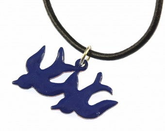 [BUNDLE] [EMADez14-0001] Enamel 2 swallows necklace Miniblings swallow necklace bird leather blue