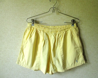 Short Shorts butter yellow drawstring shorts summer beachwear loose fit elastic waist vintage 80s 90s Polo Ralph Lauren women medium