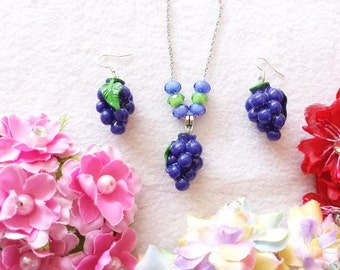 Grape Set of Necklace and Earrings