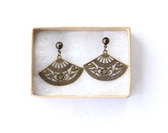 Floral Earrings, Fan Earrings, Romantic Jewelry, Vintage Style, Jewelry Gift for Her Under 20, Wedding Jewelry, Simple Jewelry Stud Earrings
