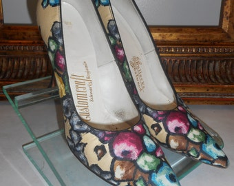 Vintage 1960's Customcraft Multi Color Pumps with Black Patent Leather Heels - Size 6 1/2