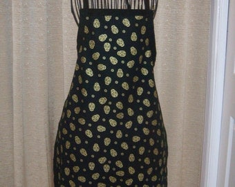 Gold Metallic Day of the Dead Adult Apron black background tumbling gold heads