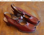 SALE / vintage 1940s shoes / 40s dark brown leather mary jane peep toe heels  / size 10 narrow