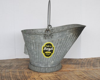 Vintage Coal Ash Bucket Wheeling Regal Ware Zinc Coated Steel