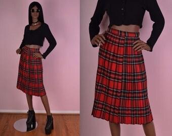 VTG Plaid High Waisted Pleated Skirt/ 24 Waist/ Tartan