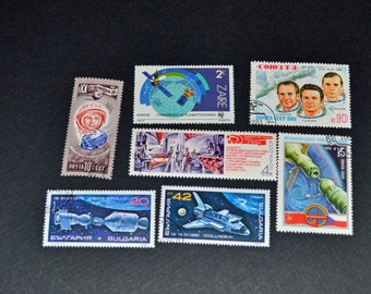 50 Space stamps from around the world some mint B72